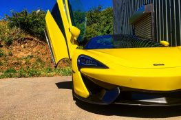 McLaren 570S Spyder Driving Experience + Free High Speed Ride